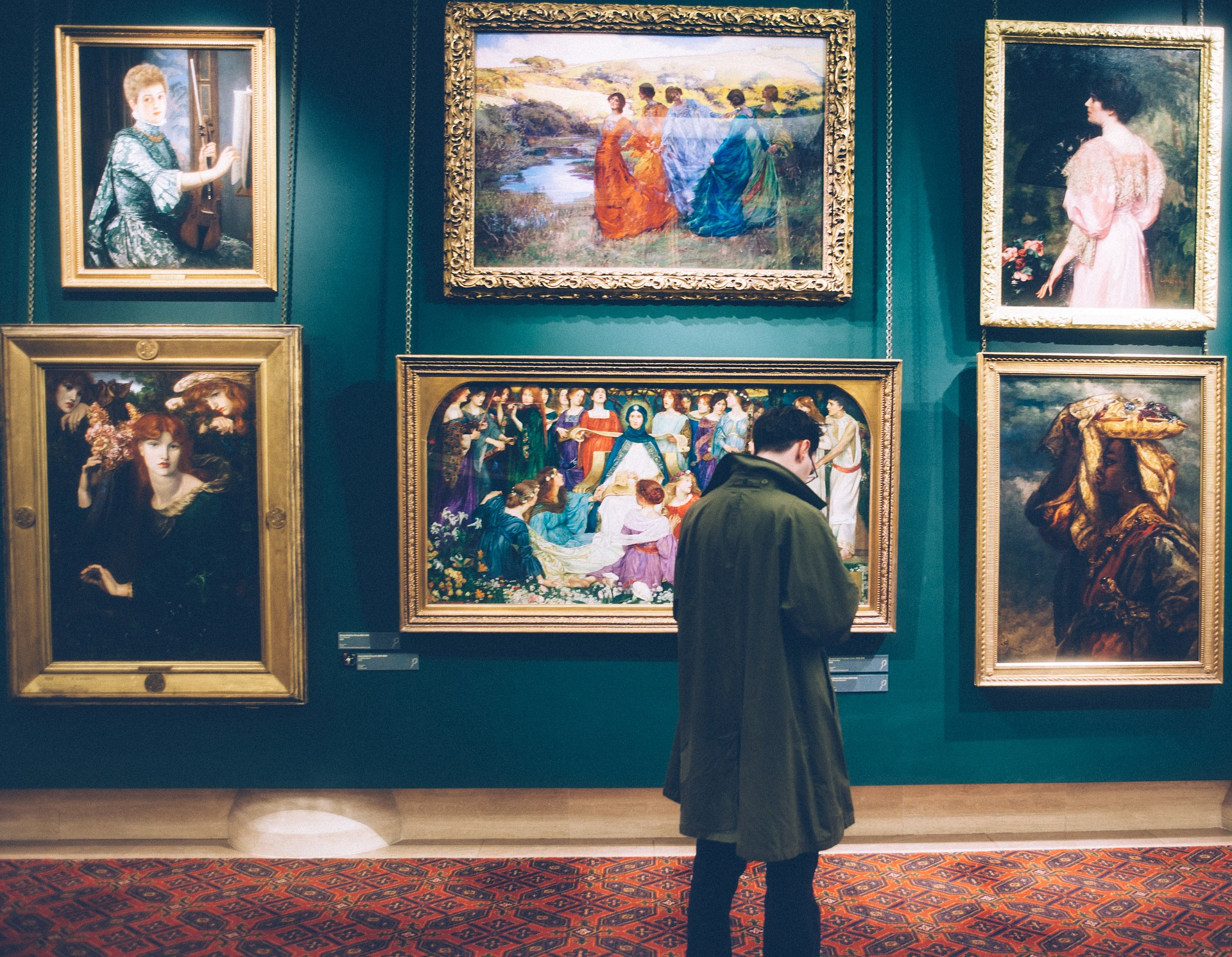 How helloguide brings chatbots to museums